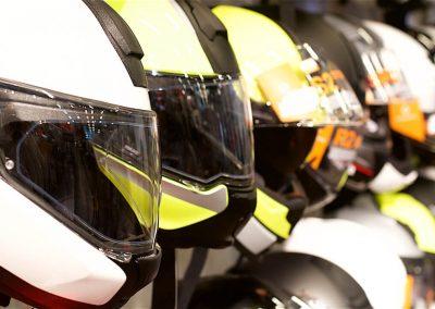 Euro Motor Center - Tarvikemyynnissä mobiilivaihde Mustalinja on suuressa roolissa